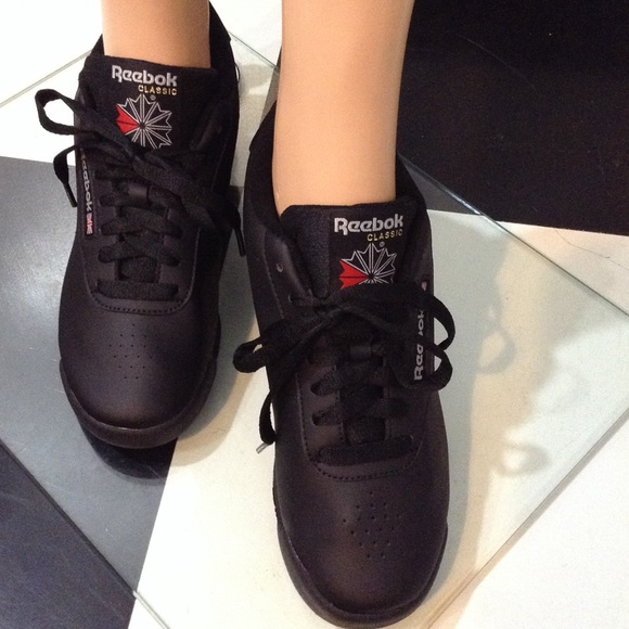 594dc63581d 🎉Reebok Princess Classic Sneaker Sale ( 1-Left🎉